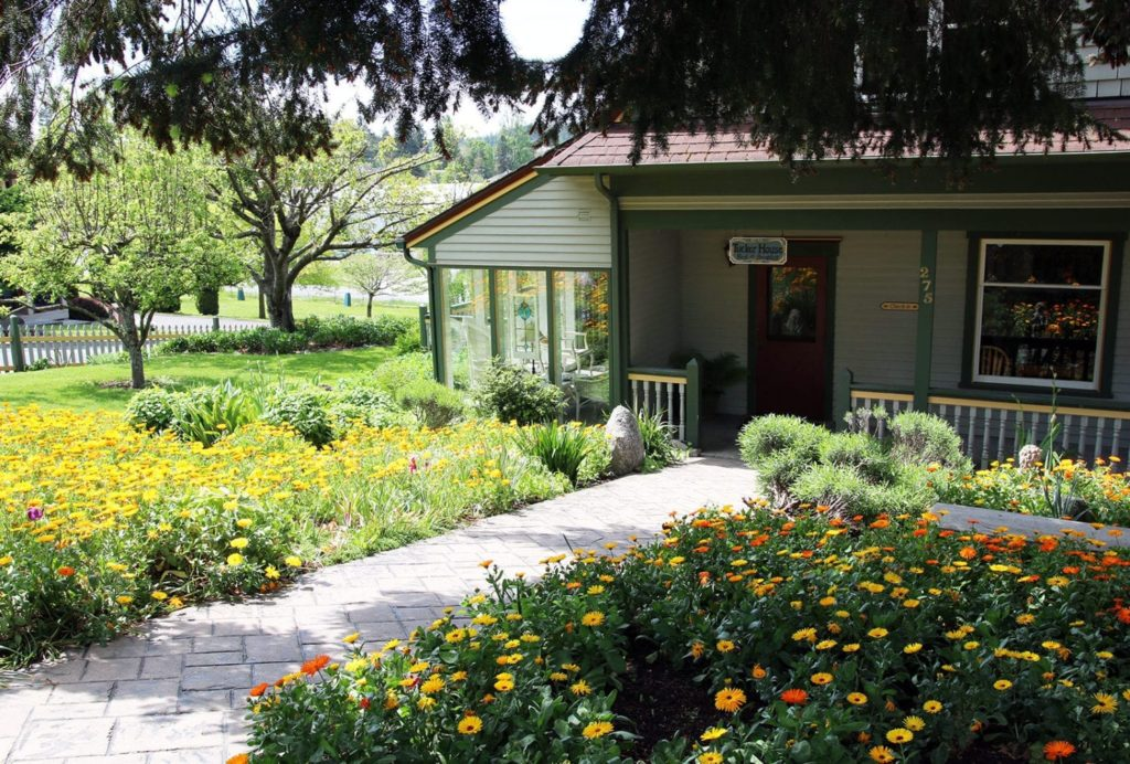 Tucker House garden