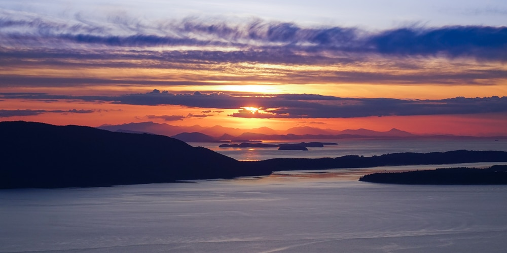 With sunsets like this, it's easy to see why summer is the best time to visit the san juan islands