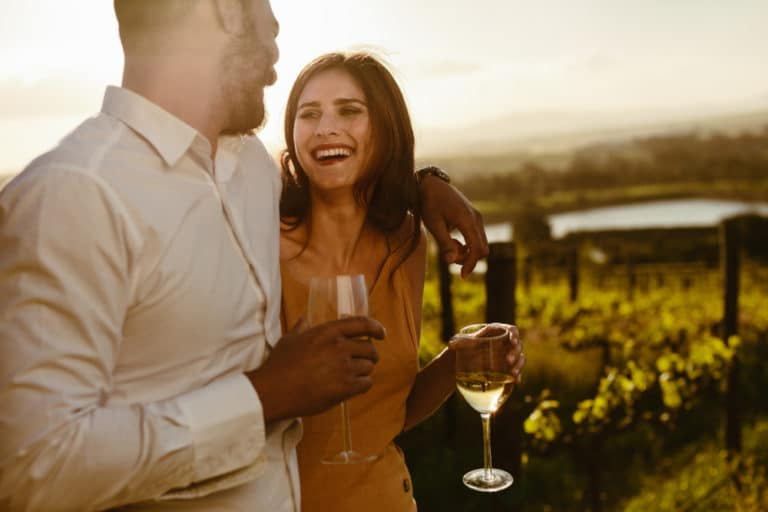 Couple enjoying a relaxed wine tasting at Washington Wineries in the San Juan Islands